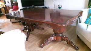 Formal European Style Diningroom Table/ Captains Chairs