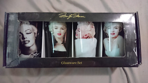 COLLECTOR'S MUST-HAVE MARILYN MONROE 16oz GLASS CUPS