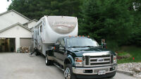 2011 38 ft Landmark Ontario Edition 5th wheel with 4 slideouts