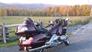 Honda Goldwing incluant remorque