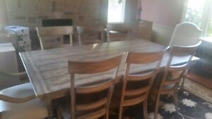HALF the PRICE  OF NEW Dining Room Set