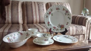 Minton Vermont China 6 Settings w/ Additional Pieces