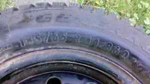 Snow tires London Ontario image 1