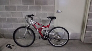 Medium bike for sale in Canmore