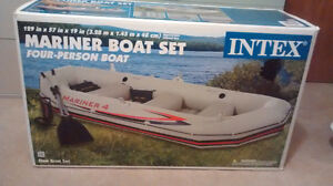 4  person inflatatable boat