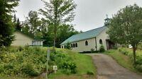 Chalet (presbytère) et garage (église)