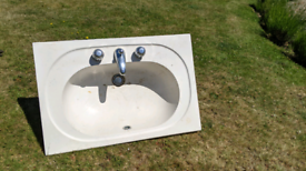 Used sink in good condition