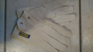 ENDURA BRAND REAL LEATHER WORK GLOVES NEVER WORN