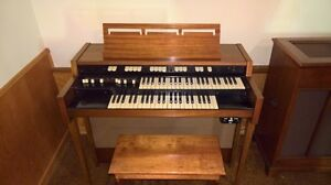 Beautiful Old Hammond Church Organ with Bench and Reverberator
