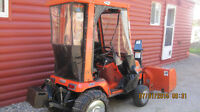 Lawn/GardenTractor Kabota G1800Diesel,Cab cover, 3pt Hitch++