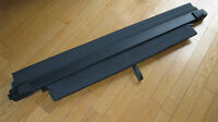 Volvo XC90, OEM Dark Grey Cargo Cover/ Cache-bagage gris
