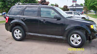 2010 Ford Escape XLT Minivan, Van