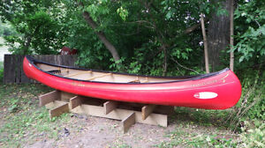 """USED Old Town Canoes """"Charles River 15"""" Canoe"""