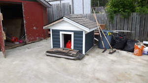 dog house for sale .