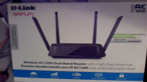 New Dual Band D-Link AC 1200 Router