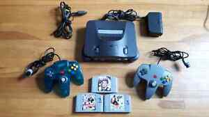 N64 , 2 controllers and 4 games