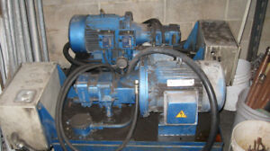 Single pump hydraulic power pack