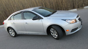 2012 CRUZE - ABSOLUTELY GORGEOUS - CERTIFIED  92,000 klm $5,775.