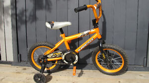 """2016 Kid Bike with training wheels - 14"""" Supercycle XR14"""