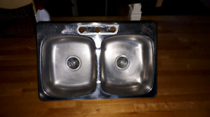Évier double, stainlees steel sink, lavabo