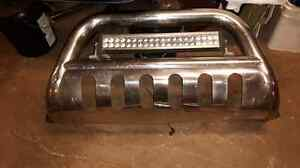 Bull bar with lightbar