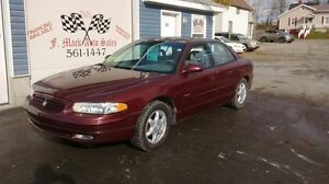 2001 BUICK REGAL FULLY LOADED LEATHER/ROOF!!!!