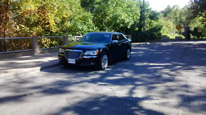 2013 Chrysler 300c hemi fully loaded