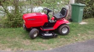 Wanted !!! Lawn Tractors