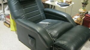 Niagara massage and heat chair