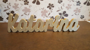 Custom made wooden signs / wooden names