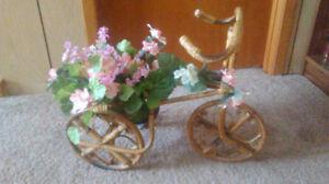 Flower arrangement with bike