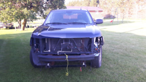 Parting out 2007 chevrolet Avalanche 4x4$800