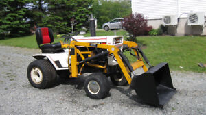 BOLENS 20 HP HEAVY FRAME UTILITY TRACTOR WITH BUCKET FOR SALE