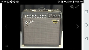 The Fender Dyna-Touch III Princeton 650 Guitar Combo Amp