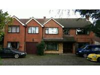 Spacious house share in North Leamington