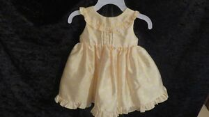 Baby Girl Sleeveles Dress Yellow /White Polka Dot Size 6 Months
