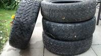 4 pneus d'hiver / 4 winter tires ( 215/65R16 )