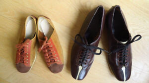 2 paires de souliers Bowling