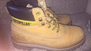Authentic Caterpillar boots. Size 8 Mens