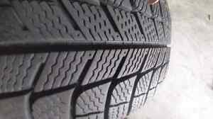 2 Michelin xice 215/60r/17 on 2008 dodge avenger rims Cornwall Ontario image 2
