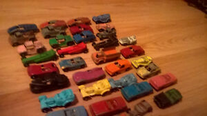 VINTAGE LOT OF 36 TOOTSIE TOY VEHICLE TOY CARS London Ontario image 3
