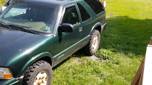 2005 GMC Jimmy 4x4 automatic