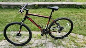 Brand New men's mountain bike