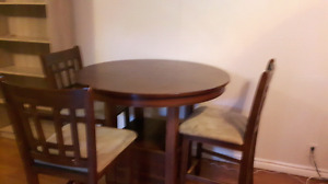 Pub height table and chairs. New price.