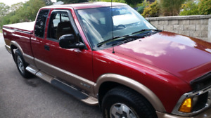 1997 Chevrolet  S-10 Extended Cab LS 4x4