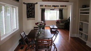Beautiful 3 Bedroom Heritage House in the Main St/King Ed area
