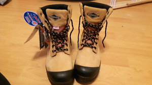 Steel toe boot for sale