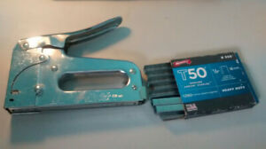 Arrow Fastener T50 Heavy Duty Staple Gun + staples