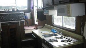 burscraft house boat Sarnia Sarnia Area image 3