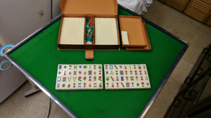 Mahjong table, new complete set. fitted glass top